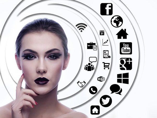 Mejores horas para publicar en redes sociales. Agencialia Comunicación.